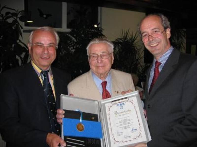 Emmerling erhält FSK-Ehrenmedaille