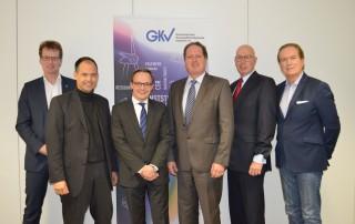 Geschäftsführer des GKV und seiner Trägerverbände v.l.n.r.: Dr. Elmar Witten (AVK), Michael Weigelt (TecPart), Dr. Oliver Möllenstädt (GKV), Klaus Junginger (FSK), Ralf Olsen (pro-K), Ulf Kelterborn (IK)