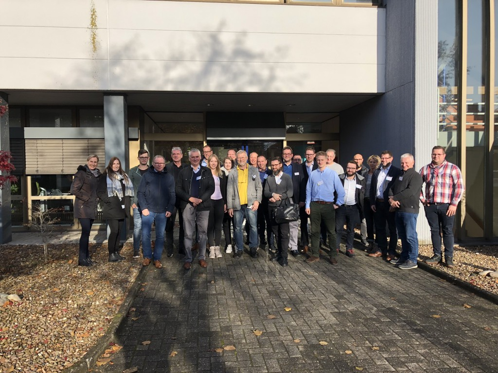 """Teilnehmer des FSK-Workshop """"Polyurethane für Einsteiger"""", am 19.11.2019 bei Plixxent in Oldenburg"""